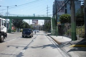 COMMERCIAL LOT FOR SALE: Boni Serrano Avenue (Santolan), San Juan